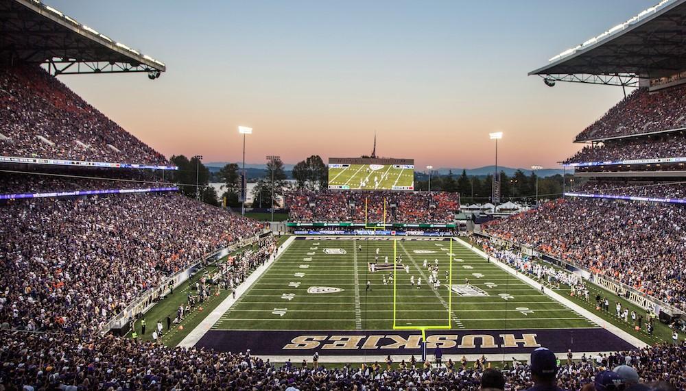 ワシントン大学のスタジアムイメージ